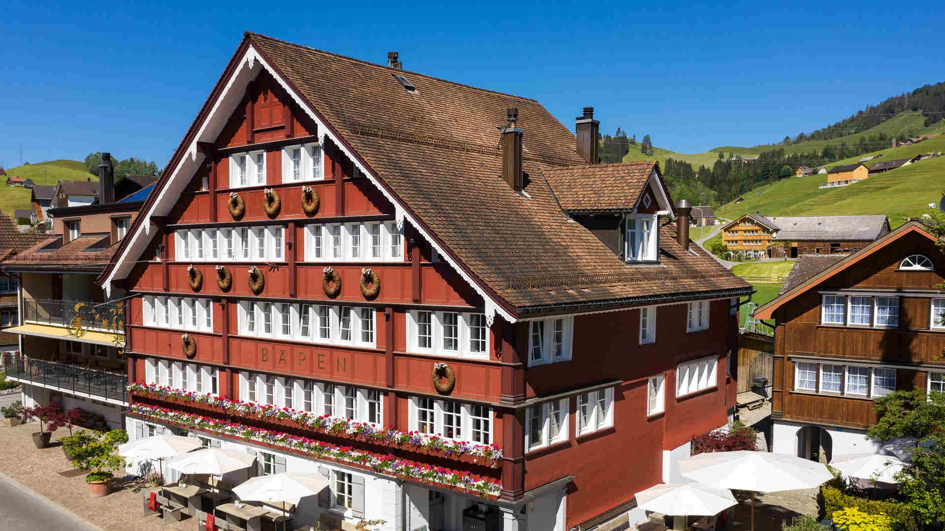 Hotel im Appenzell - Bären Gonten Hotel besticht mit der gelungenen Mischung aus Tradition und Moderne. Buchen Sie jetzt ein Zimmer!